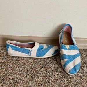 Toms Blue & White Striped Flats Size 7
